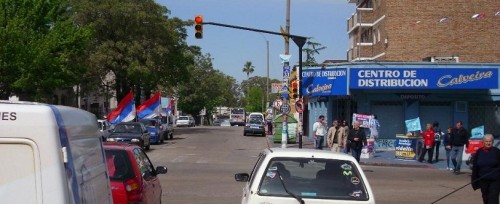Avenida Sayago y Ariel, domingo 25, 10 hs. ( © 2009 Sergio Estefan )
