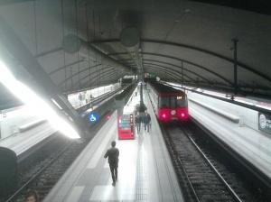 Metro de Barcelona, línea 1, estación Glóries
